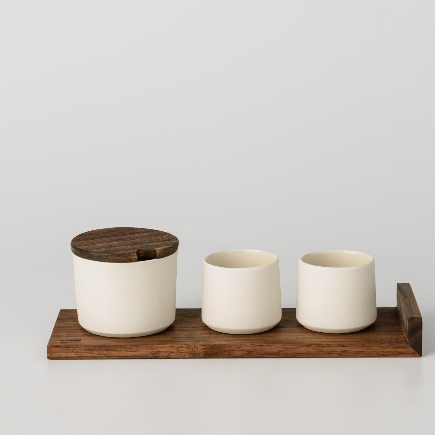 Ceramic Sugar Bowl With Wooden Lid And Small Ceramic Cups